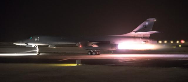 Syria Airstrikes - B1 Lancer Abflug